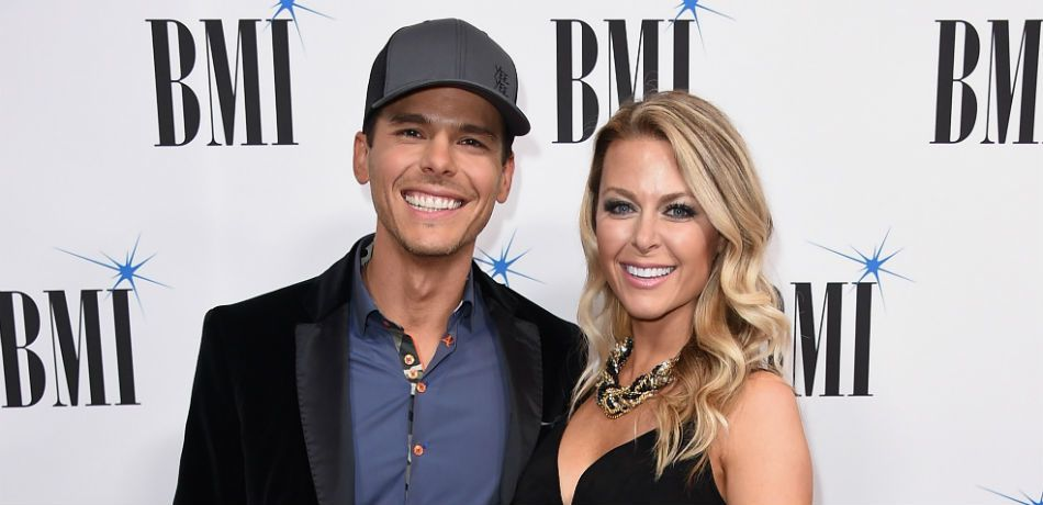 Granger and Amber Smith pose for a photo at the 'BMI' Awards.