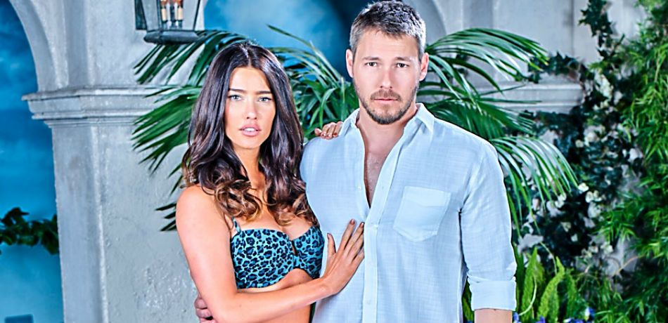 Jacqueline MacInnes Wood and Scott Clifton star in 'The Bold and the Beautiful.'