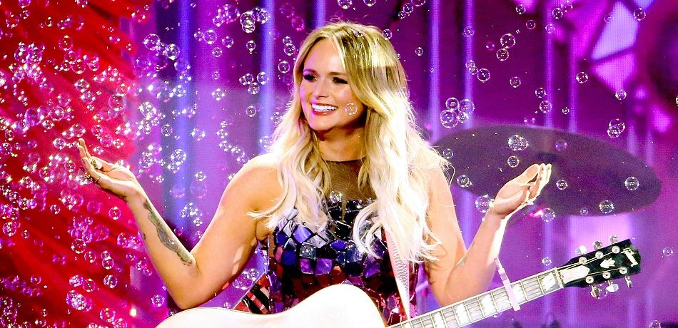 Miranda Lambert Takes On The Dolly Parton Challenge With Cleavage, Bubbles, And Lots Of Dogs