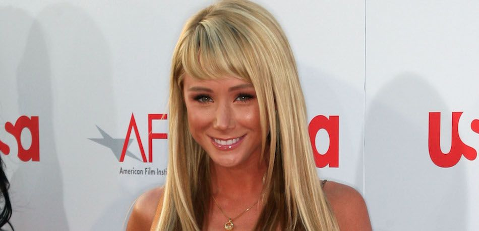 Sara Underwood arrives at the 36th AFI Life Achievement Award tribute to Warren Beatty.